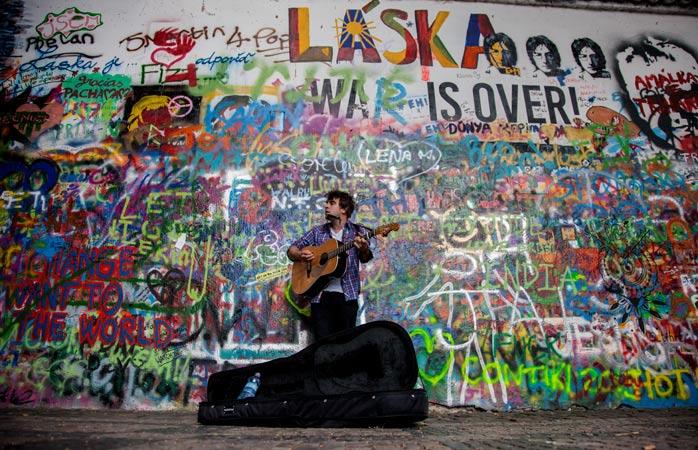 Стіна Джона Леннона – символ протесту проти комуністичного режиму